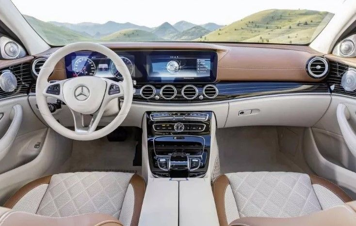 Mercedes E400 Interior 2019 With Images Mercedes Benz Interior