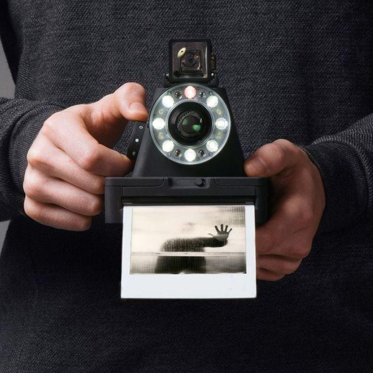 """人生が""""作品""""になる「インスタントカメラ」 iPhoneと連動して、現代に甦るポラロイド"""