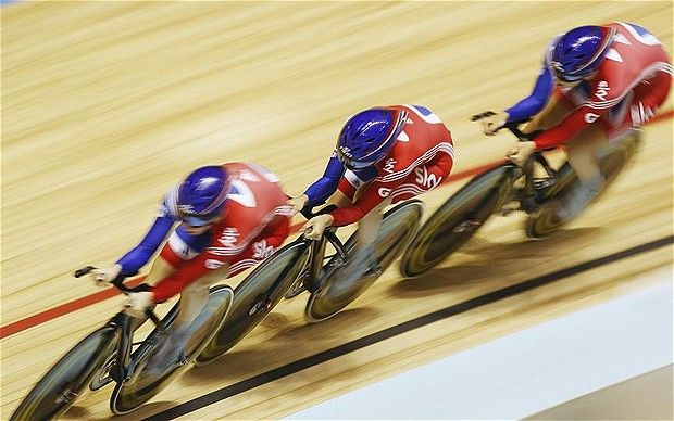 British women's track cycling team sets record