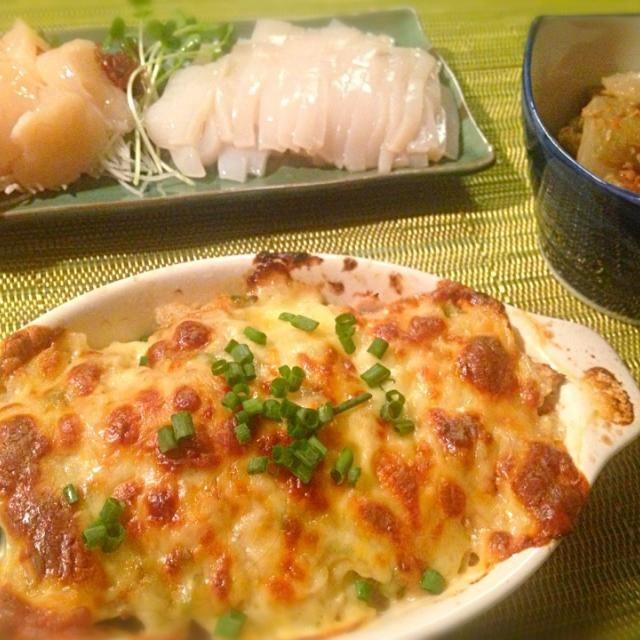 父が採ってきたフキを塩漬けにしたものを塩抜きして煮物に。 かんぱーい♡ - 77件のもぐもぐ - 今晩の晩酌〜ズッキーニの南蛮味噌マヨチーズ焼き、ホタテとイカの刺身、フキの煮物 by sakichan63