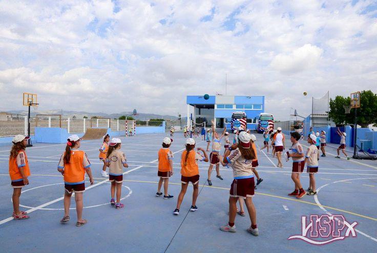 ¡Bienvenidos al #SummerCampISP 2017 #ColegiosISP!Nuevas caras, reencuentros…todos con la ilusión de empezar las actividades del verano.  😃🏊🏽