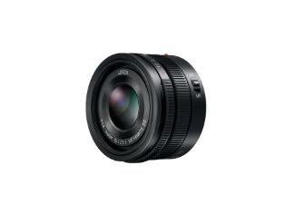 Panasonic Leica DG Summilux 15m f1.7 - Micro Four Thirds Lens