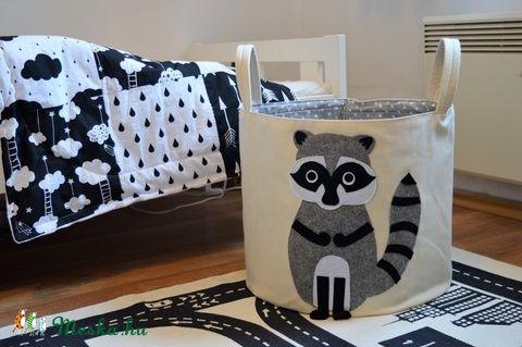 textil játéktároló, szennyestartó mosómedve mintával (MamaZoo) - Meska.hu