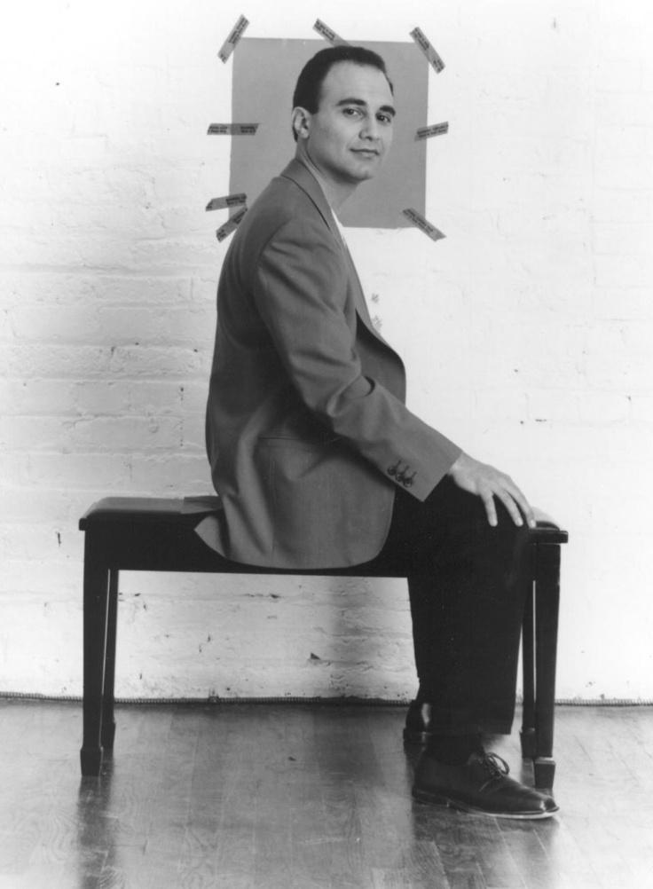 Michel Camilo Dominican Jazz Pianist and Composer Compuso su primera canción a los 6 años. Alumno del Colegio de la Salle y también con estudios de Medicina estudió durante 13 años en el Conservatorio Nacional que culminó con una cátedra; a los 16 años se convirtió en miembro de la Orquesta Sinfónica Nacional Dominicana. Con la idea de ampliar su horizonte musical, se trasladó a Nueva York en 1979, donde siguió con sus estudios en Mannes y Juilliard School of Music.