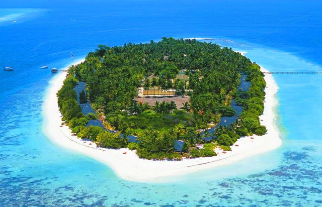 Royal Island Resort Maldives Surfing Maldives Activities Diving Excursion Things To Know Before Visiting In Maldives Male Maldives Travel War Pinteres