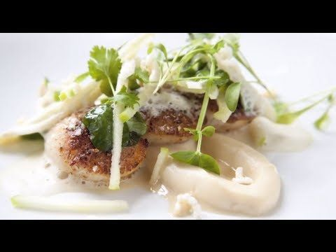 Michelin Star Chef- Matthew Tomkinson cooks scallops, line caught Seabas...