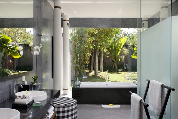 Bathroom 1 Villa Dewi Sri Bali
