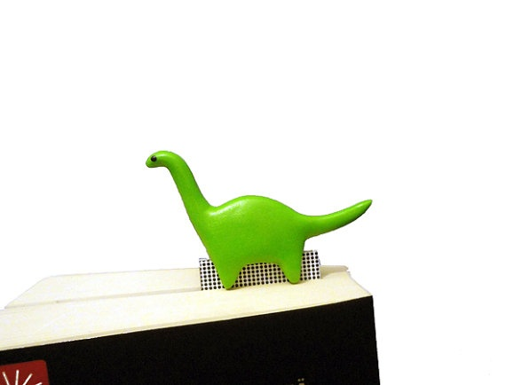 Green dinosaur bookmark ready to ship fun gift by NellinShoppi, €15.00