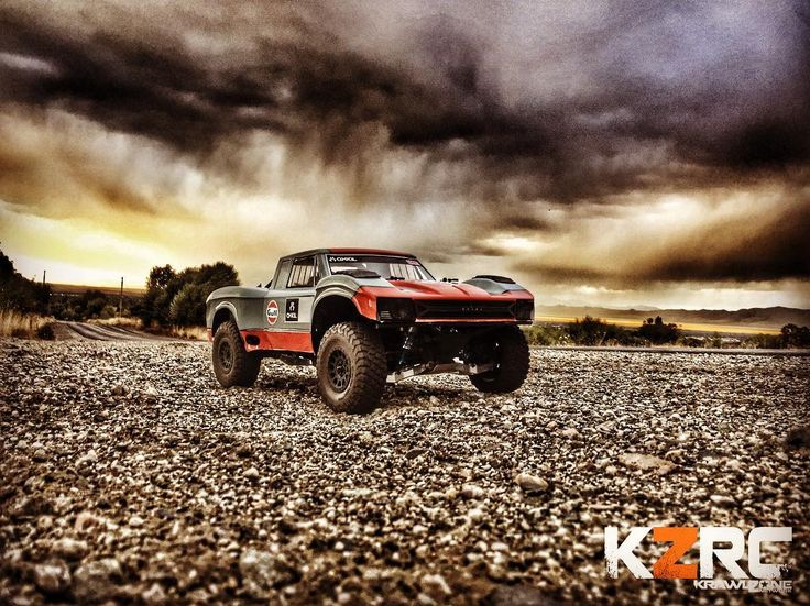 Turned out better than I thought it wouldclouds were amazing this morning. . . #KrawlZoneRC #rc4wd #axial #axialracing #axialadventures #axial #rc #rcscale #kingofthehammers #vanquishproducts #methodracewheels #rigidindustries #darkmtnphoto #offroad #offroadracing #poisonspyder #4x4 #rockracer #crawler #caseycurrie #atees #asiatees #asiateeshobbies #rcneverstops