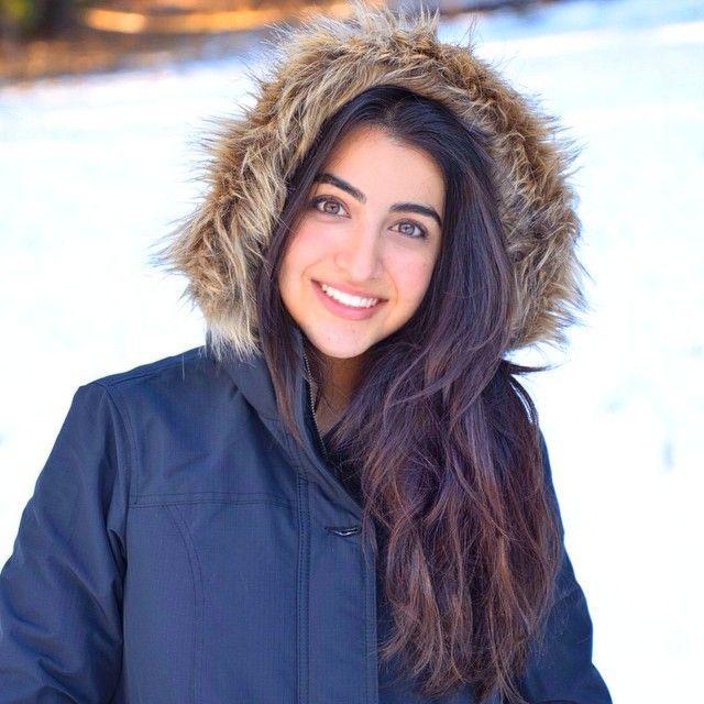 Luciana Zogbi..she has a beautiful voice!