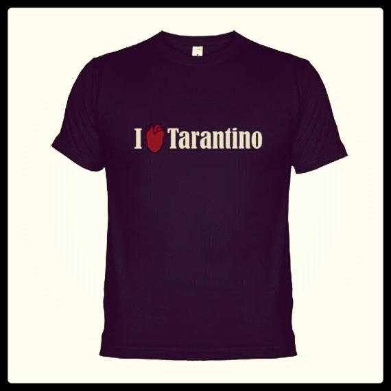 Reservoir Dogs, Amor a Quemarropa, Pulp Fiction, Asesinos Natos, Kill Bill... ¿Necesitas algún motivo más para lanzarte a comprar esta camiseta?  http://www.neodalia.com/es/ventas/camiseta-chico/i-love-tarantino-camiseta