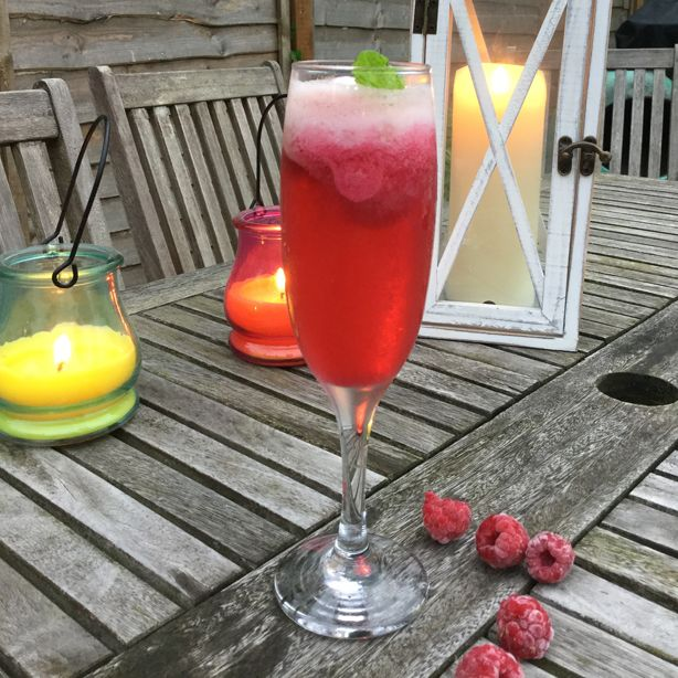5 cheap cocktails starting under £1 using ONLY Aldi ingredients! - goodtoknow