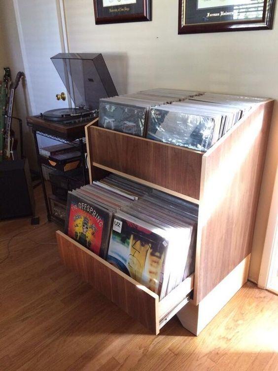 les 19 meilleures images du tableau rangement vinyles sur pinterest rangement vinyle vinyles. Black Bedroom Furniture Sets. Home Design Ideas