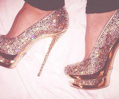 !!!!, fashion, glitter, gold, heels, love - inspiring picture on Favim.com