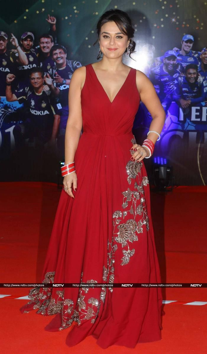 Preity Zinta arrived dressed in a red Manish Malhotra gown. Preity, who married Gene Goodenough in April, looked lovely wearing chuda.