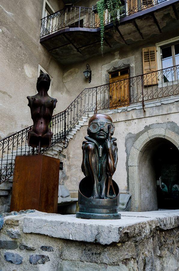 A spasso per la svizzera: Gruyères e il controverso museo di HR Giger