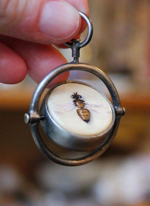 ≗ The Bee's Reverie ≗ Carrie Garrott - Rotating Bee Pendant