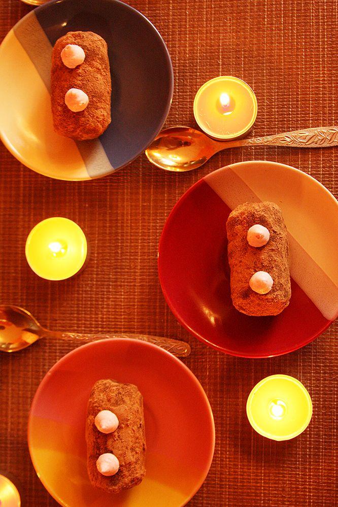 """Вы можете делать каждый день особенным и волшебным, стоит только захотеть. Пригласите друзей на ужин, попробуйте приготовить что-нибудь необычное. У вас наверняка получится удивить своих близких! А десерты оставьте нам - мы приготовим для вас что-нибудь необычайно вкусное. Например - пирожное """"картошка"""", приготовленное по классическому французскому рецепту.  http://misterkeks.ru/index.php?route=product/product&path=62&product_id=103"""