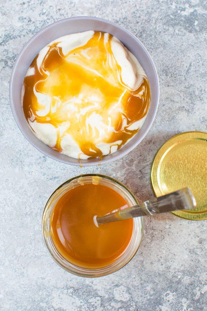 Vegane Karamellsauce aus Zucker und Kokosmilch