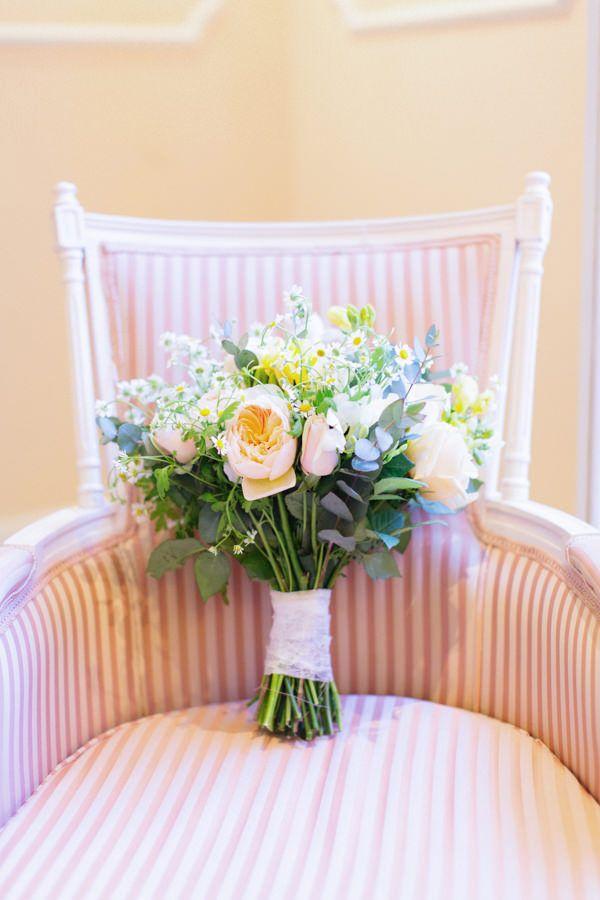 Ρομαντικη φωτογραφηση bridal boudoir  See more on Love4Weddings  http://www.love4weddings.gr/romantic-bridal-boudoir-shoot/  Photography by ANNA ROUSSOS    http://www.annaroussos.com/