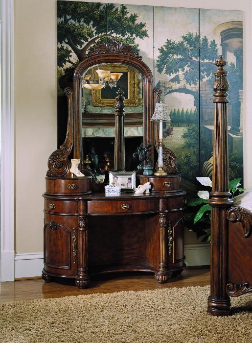 44 best images about Bedroom Vanity Ideas on Pinterest | Vanity ...