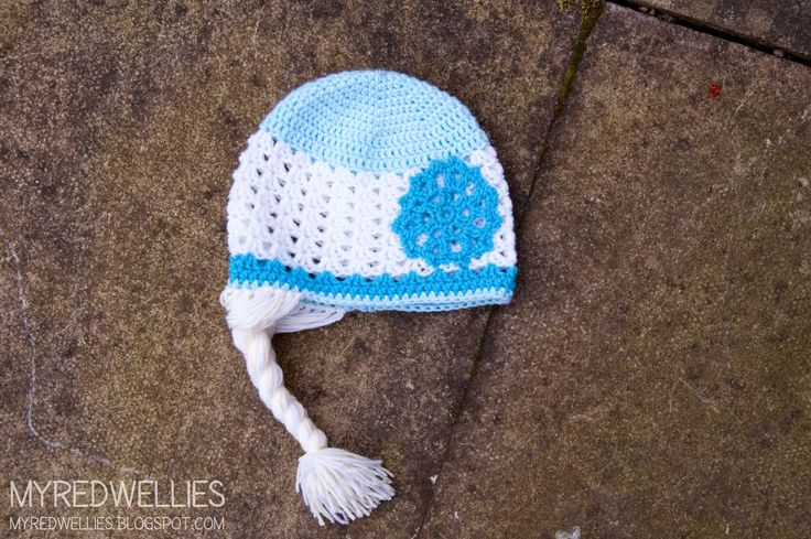 Anna Amp Elsa Crochet Hats An Easy Pattern Free Crafts