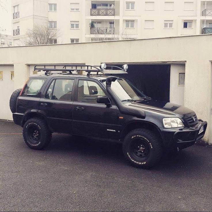 rd1 lifted. snorkel. roof rack