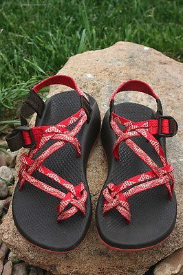 dc9ce6cf6a82 Women s CHACO ZX 2 Unaweep VIBRAM Waterproof SPORT  sandals Strawberry sz 9