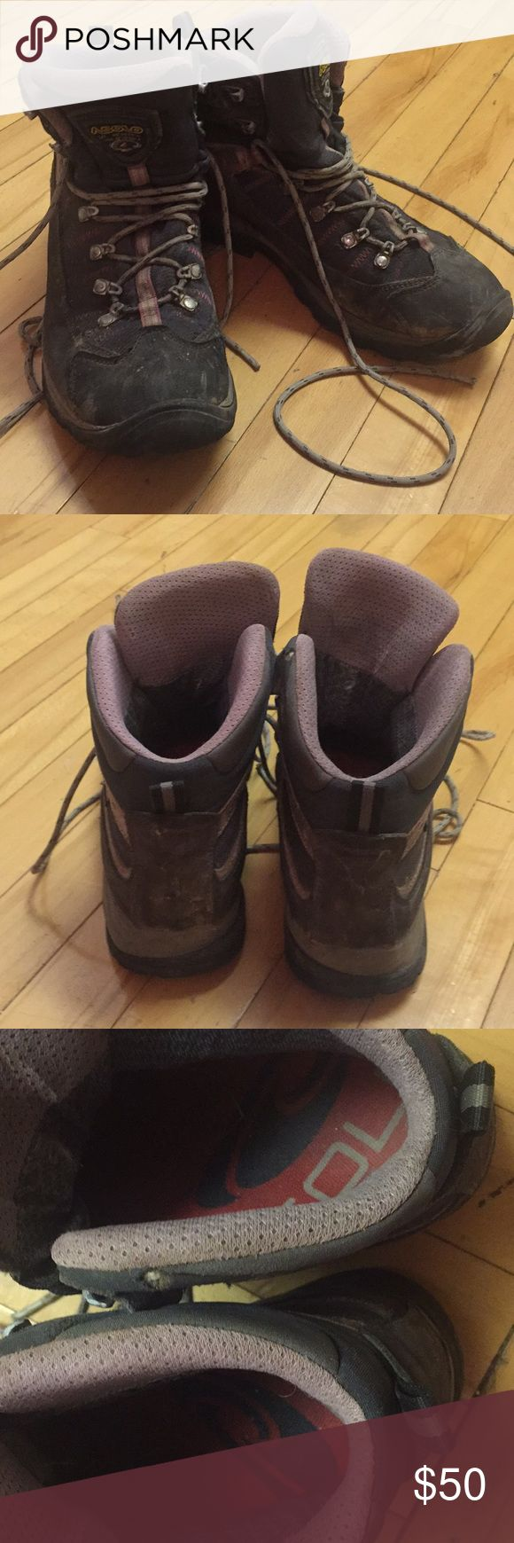 Asolo hiking boots. Size 10. Dirty/ in good shape These boots have seen a good life on a portion of the appalachian trail but turned out to just be the wrong fit for my feet. They have vibram soles. Still plenty of tread. Pretty water resistant. Sole inserts. Asolo Shoes Athletic Shoes
