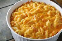 O Macarrão com Queijo (Mac and Cheese) é um dos pratos mais tradicionais dos Estados Unidos. Faça na sua casa e leve um pouco do sabor americano para seus