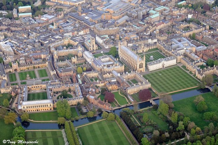 Wonderful aerial shot of Cambridge University