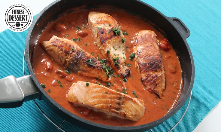 Lachs in Tomatensauce