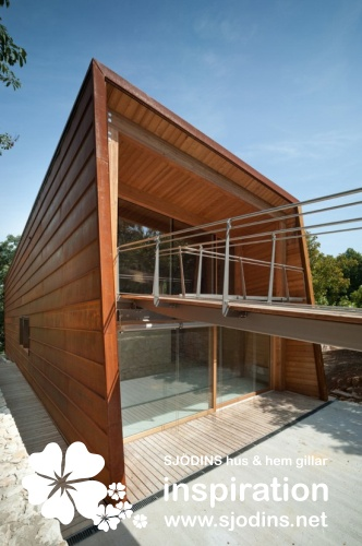 Tvzeb Is An Experimental Zero Energy Building Brought To Fruition By Virtue  Of A Cooperative Endeavour Between The Traverso Vighy Architecture Studio  And ...