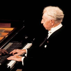 Arthur Rubinstein - One of 20 detailed on this list of great classical pianists, past & present. Excellent article.