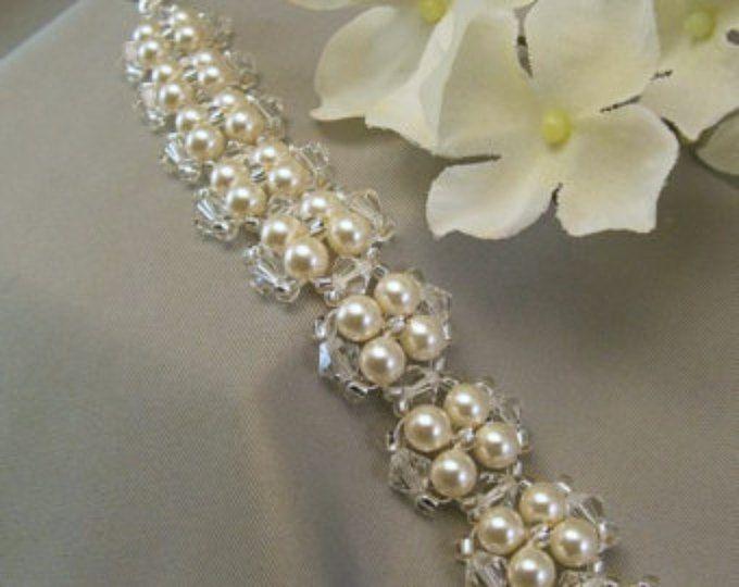 Bruids Manchet armband, crème van Swarovski parels en duidelijke Crystal - Room of witte parels beschikbaar