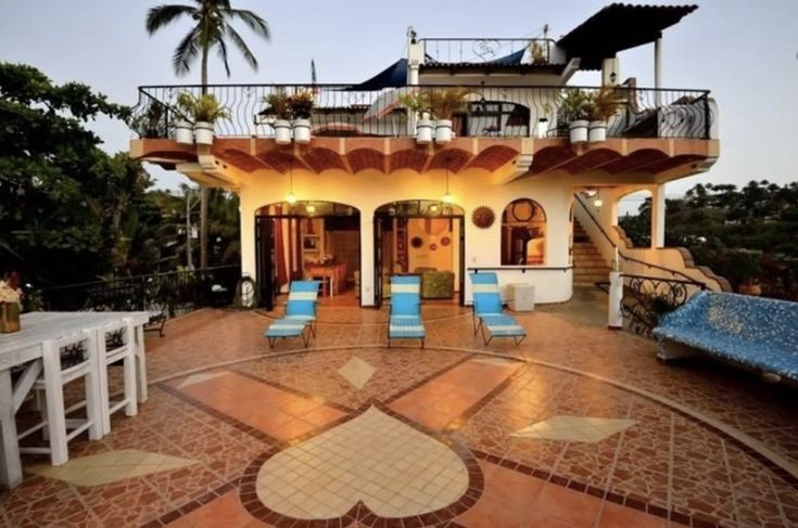 19 Airbnbs for the ultimate destination bachelorette party.