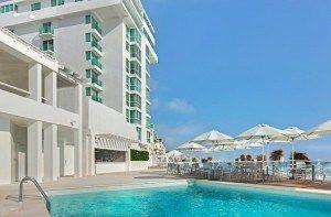 Oleo Cancun Playa es un hotel todo incluido en plena zona hotelera. El centro comercial la isla se encuentra a 8 km, cerca de centros nocturnos y de ocio #Cancun #Mexico #Hoteles