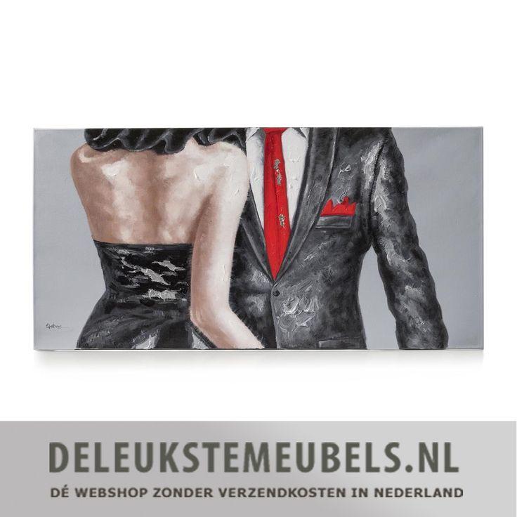Dit sfeervolle schilderij 'Date night' van het merk Youniq is een echte must have! De lichamen van de man en vrouw zijn met verdikkingen geschilderd waardoor je een beetje hoogteverschil voelt. Vergeet niet de rest van jouw interieur onder handen te nemen en leg bijvoorbeeld leuke kussens in de tinten van het schilderij.  Wanddecoratie van het merk Youniq online kopen doe je snel en zonder verzendkosten bij deleukstemeubels.nl!