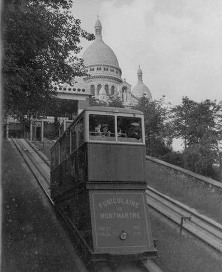 The Funicular of Montmartre and the Sacre-Coeur, 1940, taken by Noël Le Boyer.
