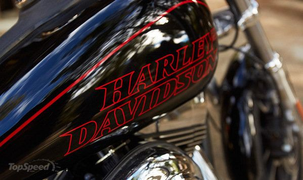 2014 Harley Davidson Dyna Low Rider | motorcycle review @ Top Speed