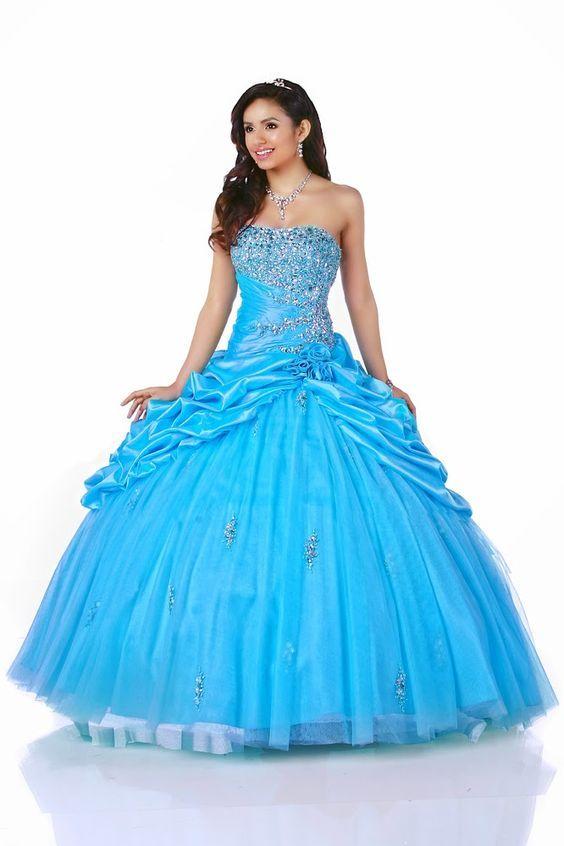 Vestidos de xv azul rey esponjados