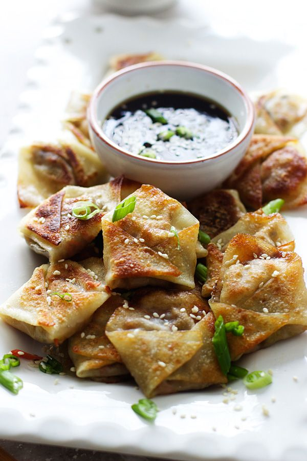 Easy Asian Dumplings with Hoisin Sesame Dipping Sauce | cookingforkeeps.com