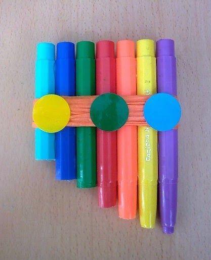 http://laeduteca.blogspot.com.es/2014/04/club-de-ideas-instrumentos-musicales.html Instrumentos musicales con materiales de reciclaje
