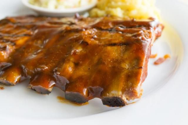 How to Cook Spare Ribs in an Electric Pressure Cooker