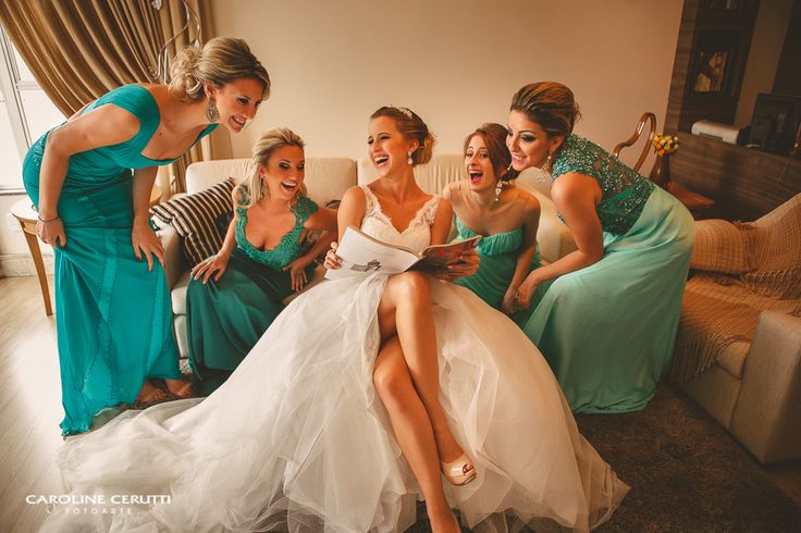 Foto divertida com as madrinhas, madrinhas verde e azul, madrinhas tons diferentes, madrinhas iguais, verde menta, turquesa Wedding, green bridesmaids, blue bridesmaids, mint and turquoise