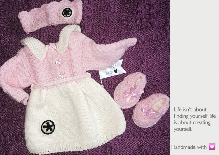 #knitting #strikking #handmadewithlive #rekodzielo #dzierganie #nadrutach #boy #newborn #babyshower #love #hobby #tobelikearoyal #szydelko #wloczka #ull #welna #garn #dress #sukienka #kintting #knitstagran