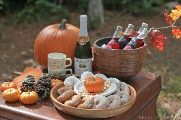 Easy Pumpkin Carving Party by Kelle Hampton