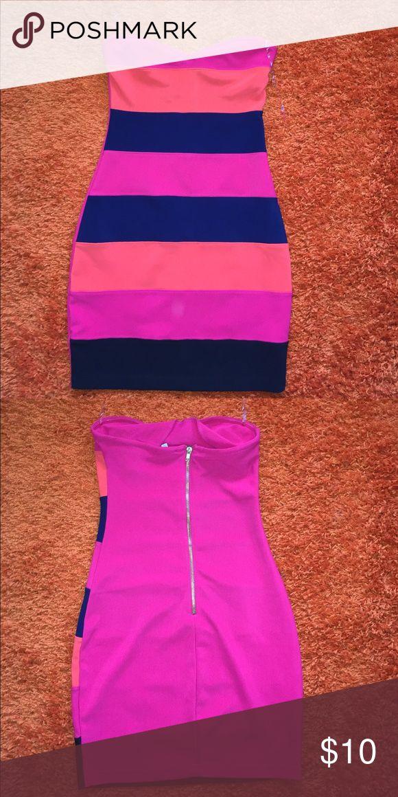 ✨M Charlotte Russe✨ Striped dress M Charlotte Rouse striped dress Pink Blue and Orange Charlotte Russe Dresses Mini