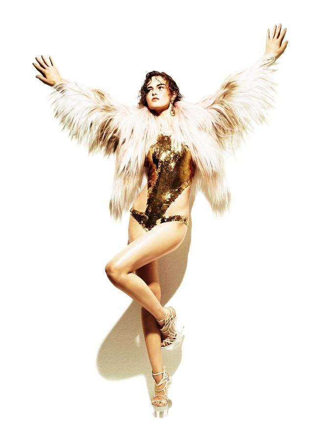 Disco diva - Glamour.it, costume con paillettes dorate ROBERTO CAVALLI