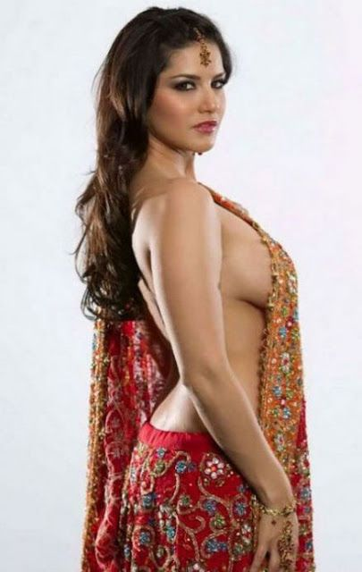 Will Sunny Leone do a threesome in Jackpot?